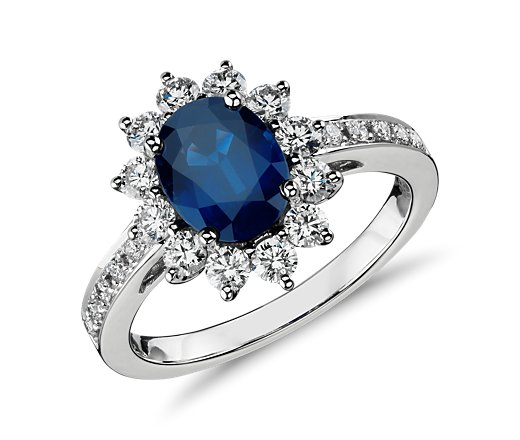 5 Hot Wedding Ring Styles - Colored Gemstone