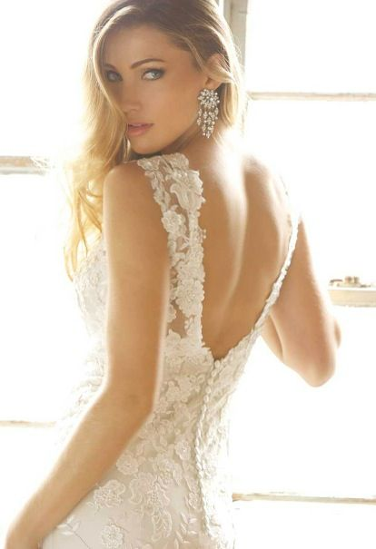 Wedding Philippines - Wedding Dresses and Beautiful Backs - French Lace Back Detail