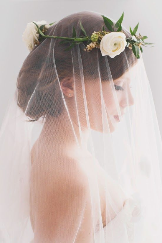 Wedding Philppines - Floral Bridal Crowns & Headpiece Ideas 25