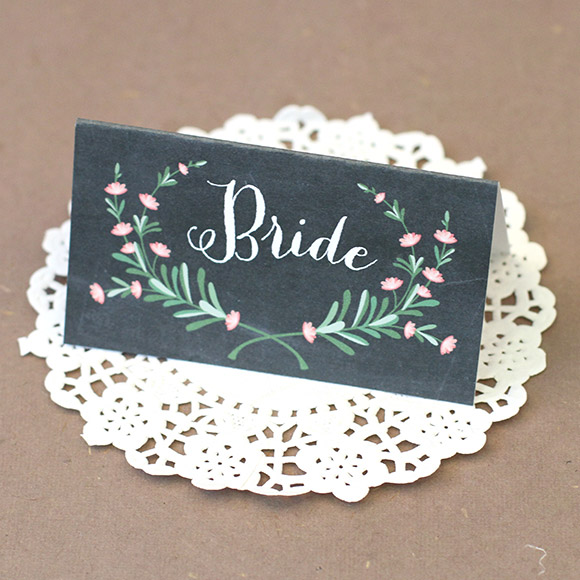 My Top 15 Free Wedding Printables - Bride and Groom Placecards