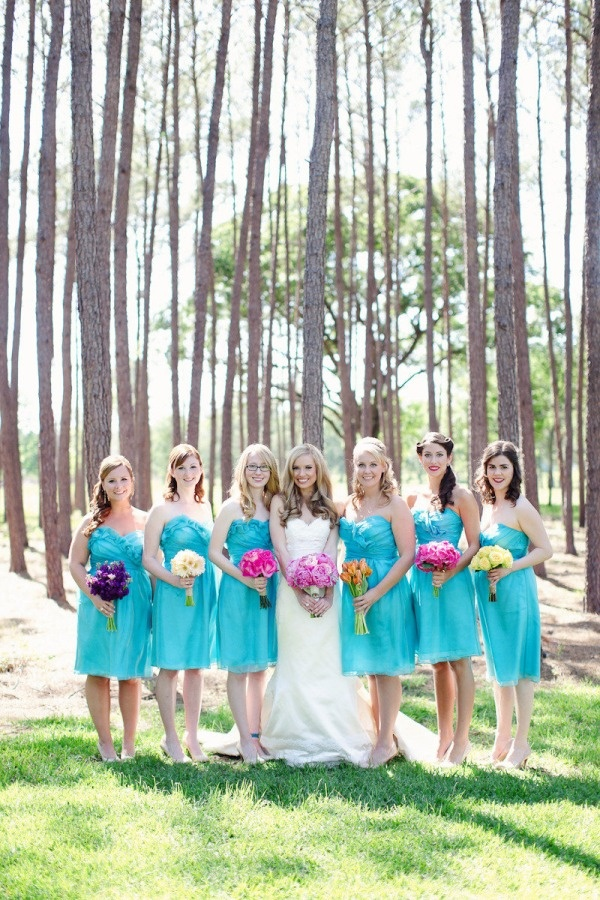 Photo by Forever Photography Studiot  via Style Me Pretty