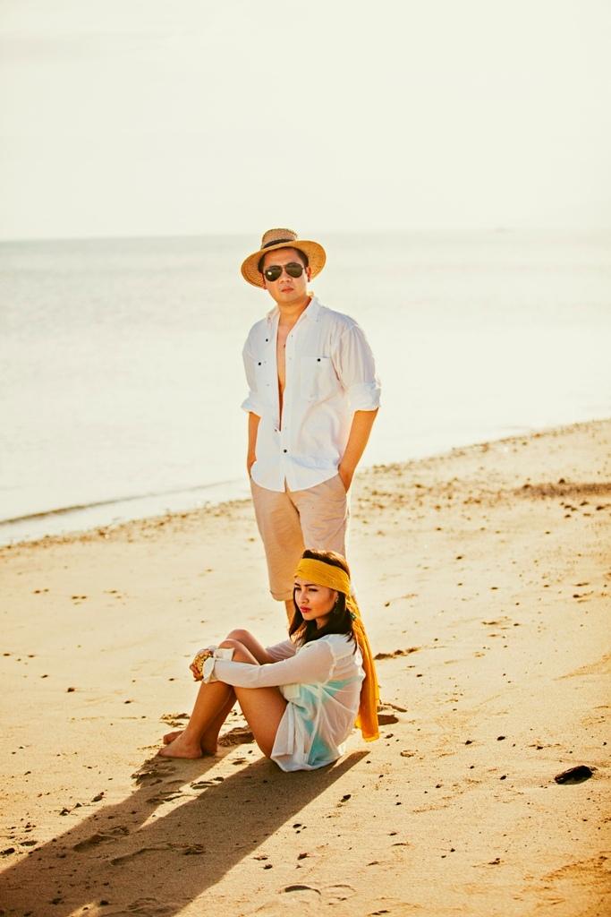 Wedding Philippines - Engagement Session - Fashion Beach (4)