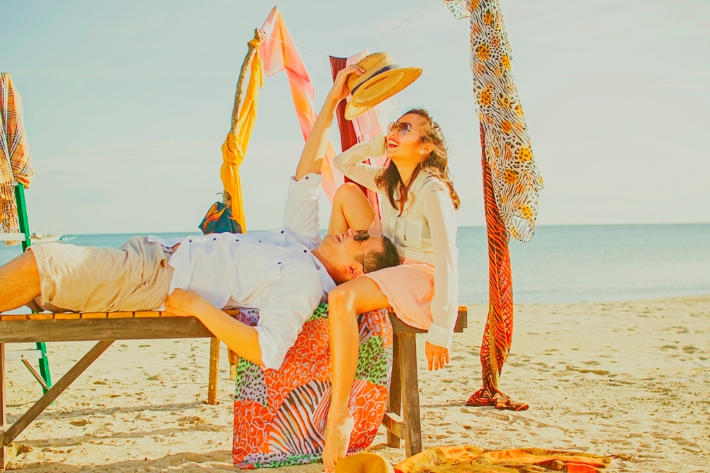 Wedding Philippines - Engagement Session - Fashion Beach (5)