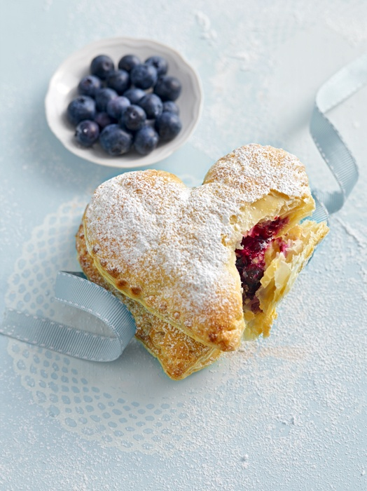 Blueberry Puff Pastry Hearts | Photo via Pinterest