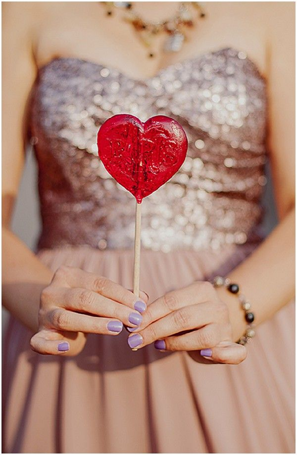 Love Lollipop | Photo by Claire Morris Photography  via French Wedding Style