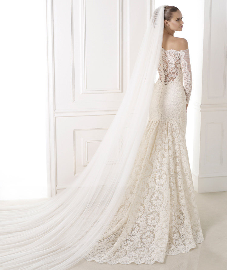 Wedding Philippines - Wedding Dresses - Atelier Pronovias 2015 Bridal Pre-Collection - 05 Kampara 2