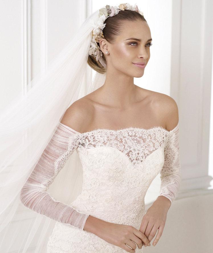 Wedding Philippines - Wedding Dresses - Atelier Pronovias 2015 Bridal Pre-Collection - 05 Kampara 3