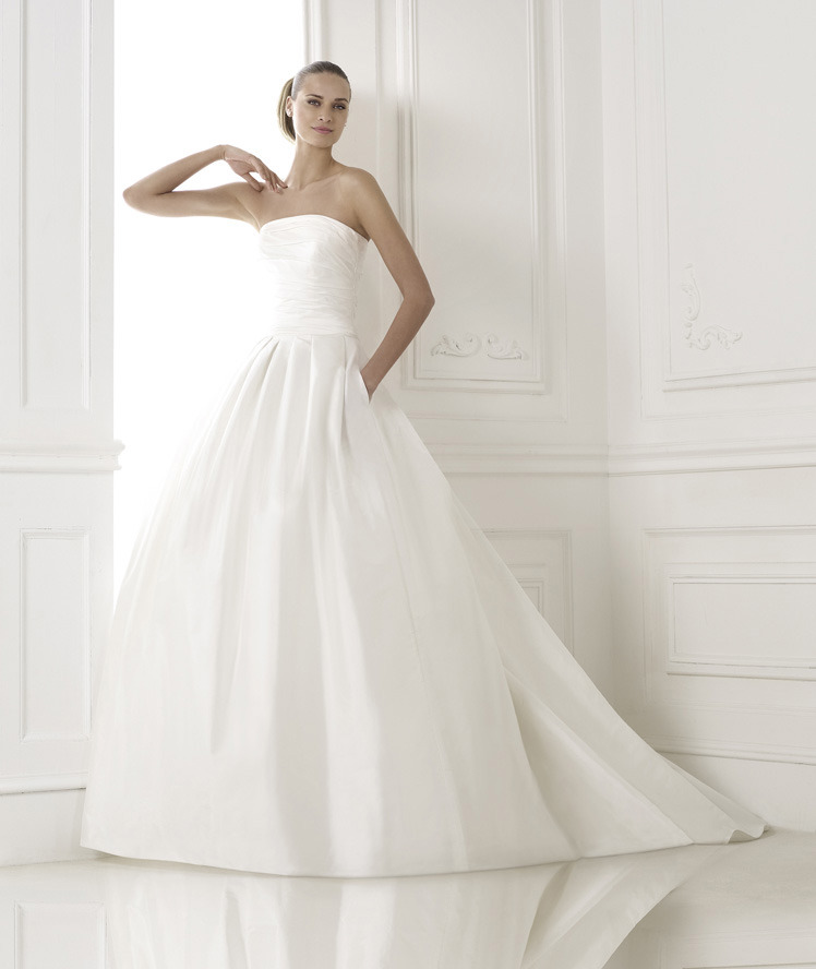 Wedding Philippines - Wedding Dresses - Atelier Pronovias 2015 Bridal Pre-Collection - 09 Kalea 1