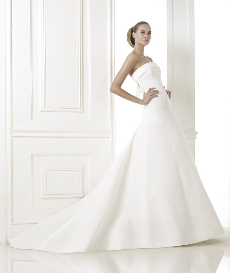 Wedding Philippines - Wedding Dresses - Atelier Pronovias 2015 Bridal Pre-Collection - 11 Kaisha 1
