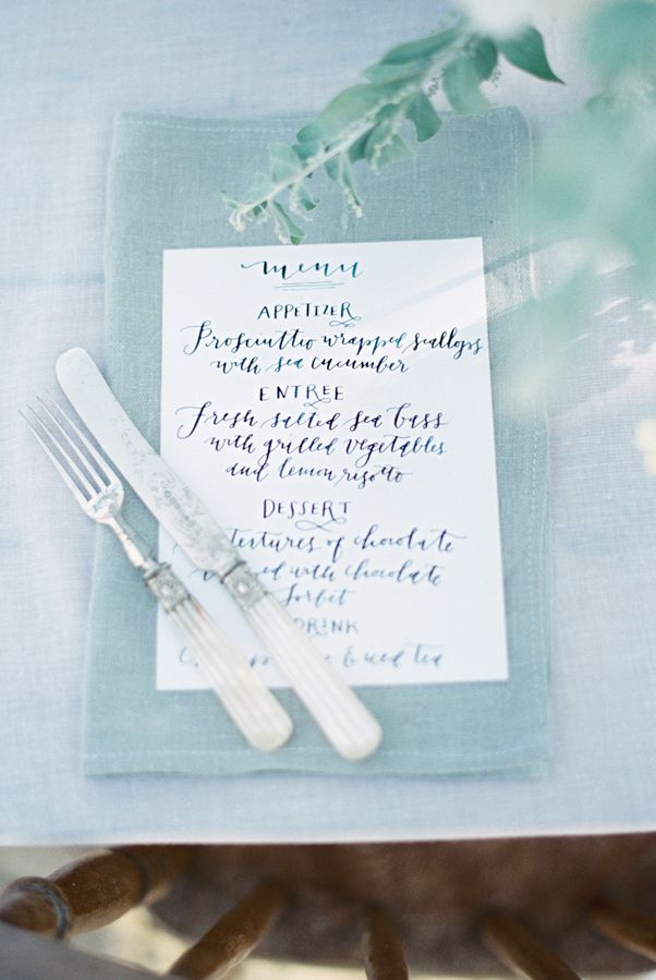 Menu Place Setting (Photo by Theresa Furey Photography via Wedding Chicks)