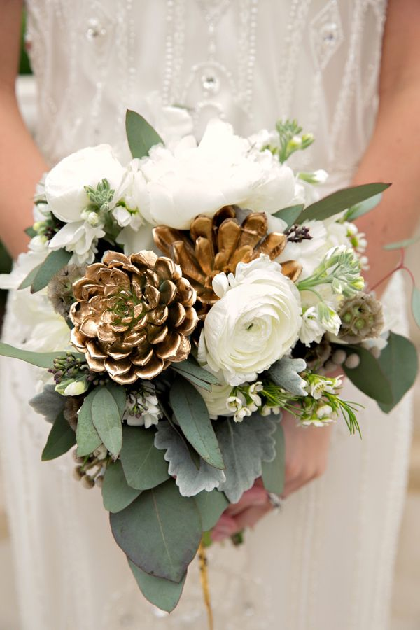 Wedding Philippines - Wedding Trends - Metallic Painted Gold Silver Plant Flower Fruit 09- Golden Leaves