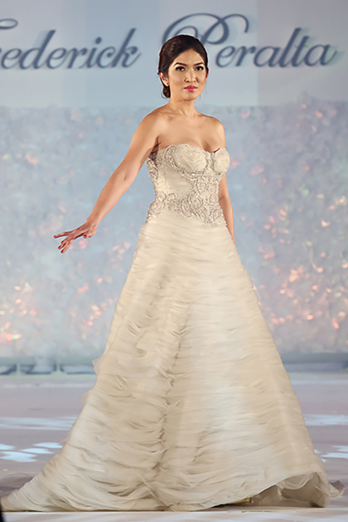 Wedding Philippines - Marry Me at Marriott Manila a Grand Bridal Show - Frederick Peralta Bridal Collection (27)