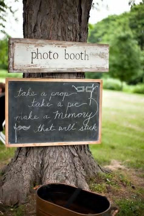 Wedding Philippines - Wedding Trends - DIY Wedding Photobooth 04
