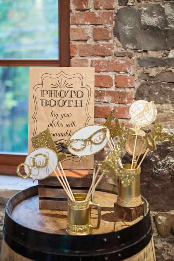 Wedding Philippines - Wedding Trends - DIY Wedding Photobooth 09