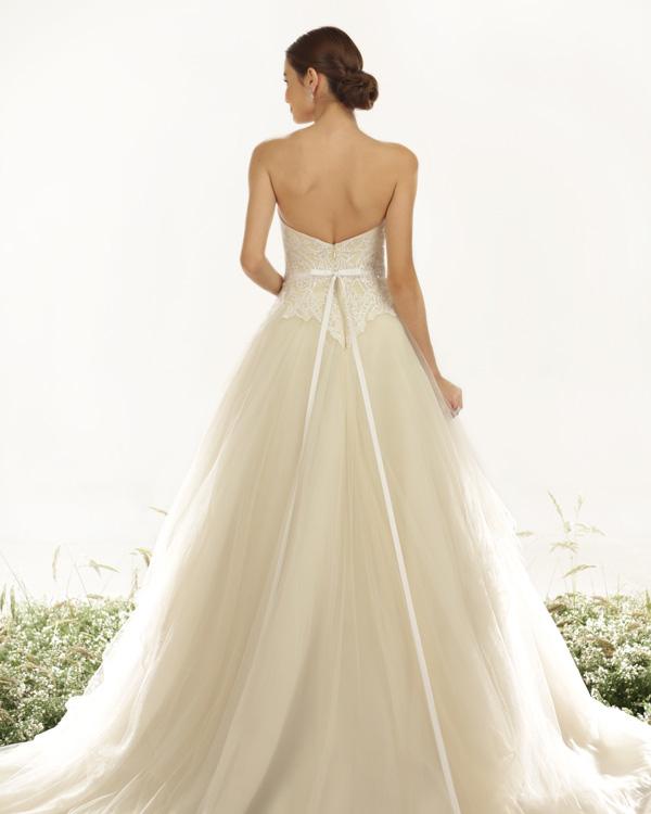 Wedding Philippines - Veluz Reyes Ready to Wear Bridal Wedding Dress Collection 2015 (9)