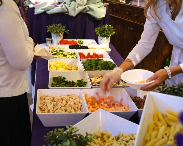 15 charming pasta bar ideas for your wedding wedding for Food bar ideas for wedding reception