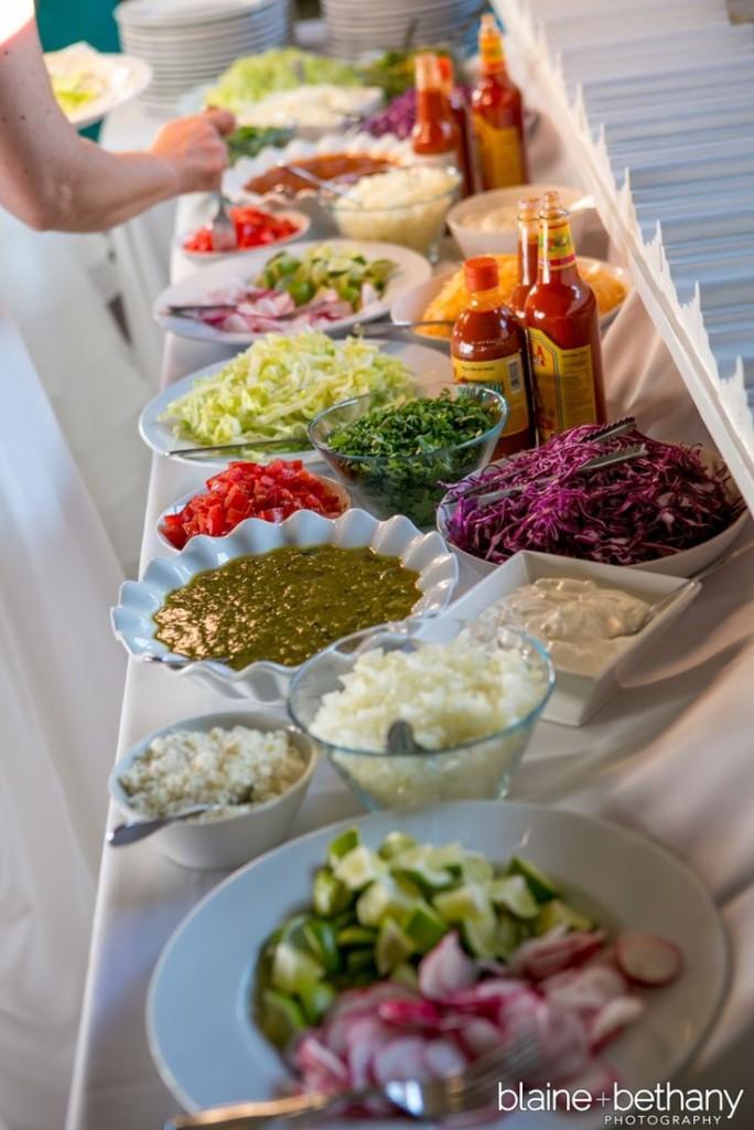 Wedding Philippines - 18 Entertaining Taco Bar Buffet Food Ideas for Your Wedding (13)