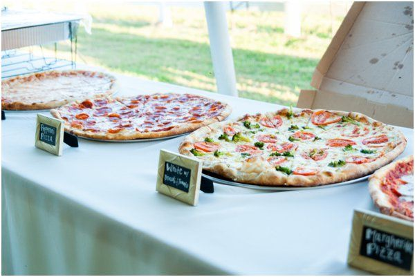Wedding Philippines - 21 Fun Pizza Food Bar Buffet Ideas for Your Wedding (11)