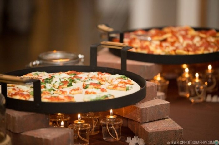 Wedding Philippines - 21 Fun Pizza Food Bar Buffet Ideas for Your Wedding (17)