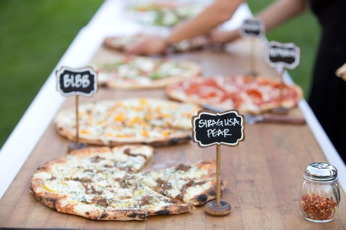 Wedding Philippines - 21 Fun Pizza Food Bar Buffet Ideas for Your Wedding (18)