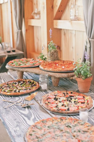 Wedding Philippines - 21 Fun Pizza Food Bar Buffet Ideas for Your Wedding (2)