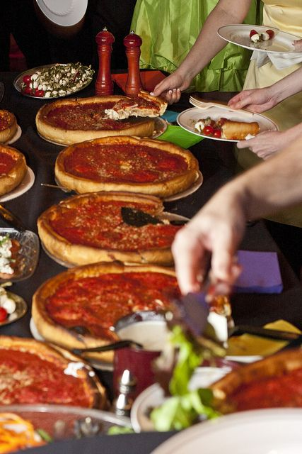 Wedding Philippines - 21 Fun Pizza Food Bar Buffet Ideas for Your Wedding (3)