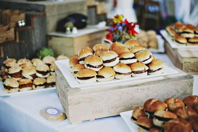 21 Gourmet Burger Ideas For Your Wedding Wedding