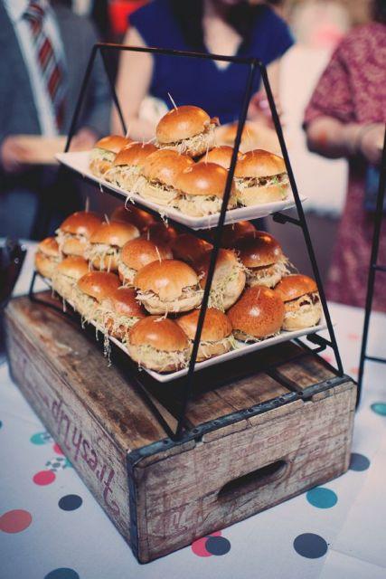 Wedding Philippines - 21 Gourmet Burger Bar Buffet Ideas For Your Wedding (17)
