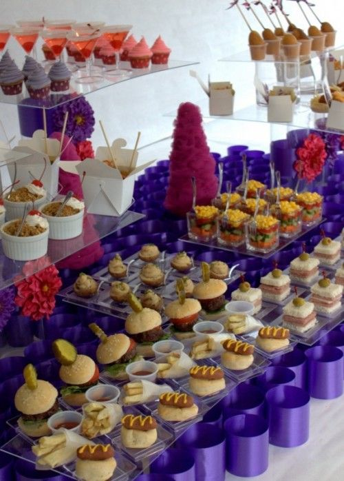 Wedding Philippines - 21 Gourmet Burger Bar Buffet Ideas For Your Wedding (21)