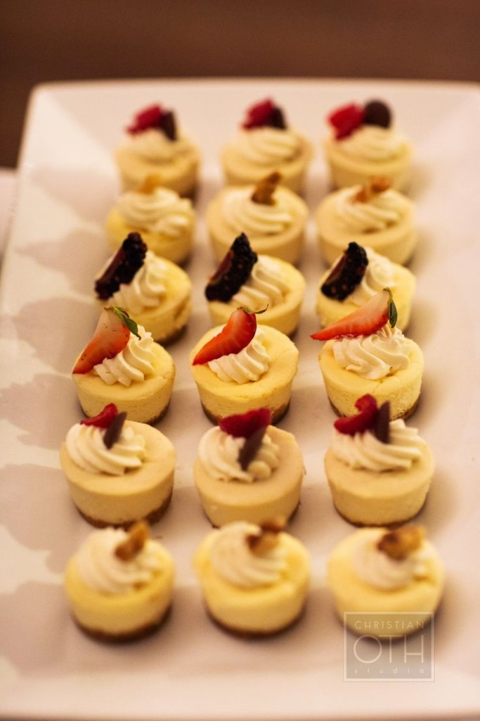 24 Delicious Mini Cheesecake Ideas For Your Wedding