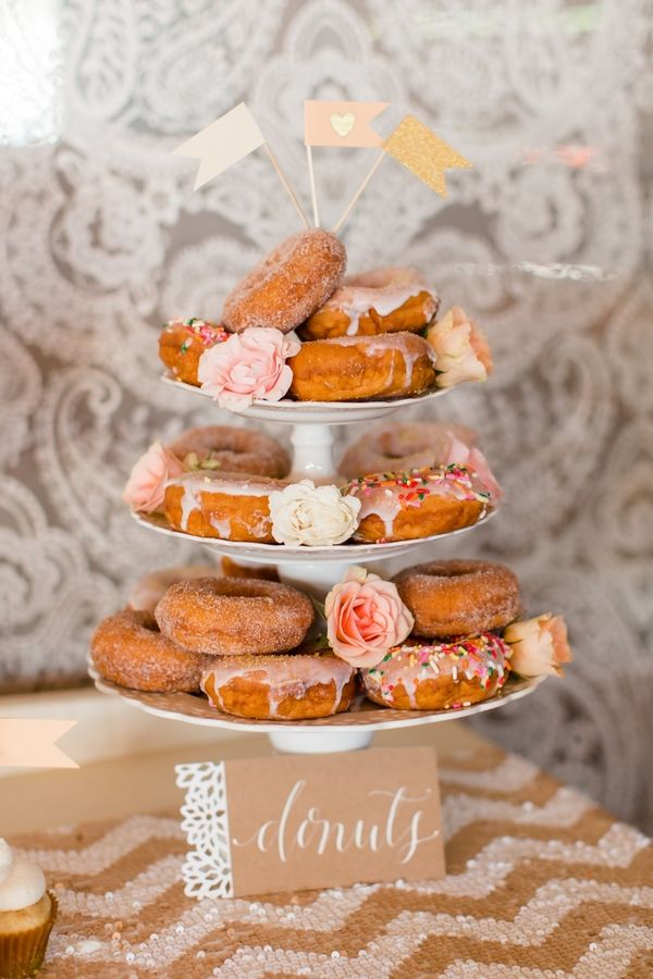 Wedding Philippines - 25 Cool and Fun Donut Bar Buffet Food Ideas For Your Wedding (1)