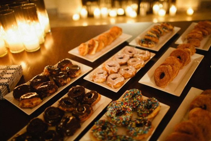25 Cool and Fun Donut Bar Ideas For Your Wedding - Wedding ...