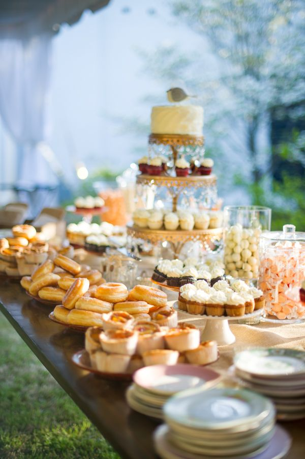 25 cool and fun donut bar ideas for your wedding wedding philippines wedding philippines. Black Bedroom Furniture Sets. Home Design Ideas