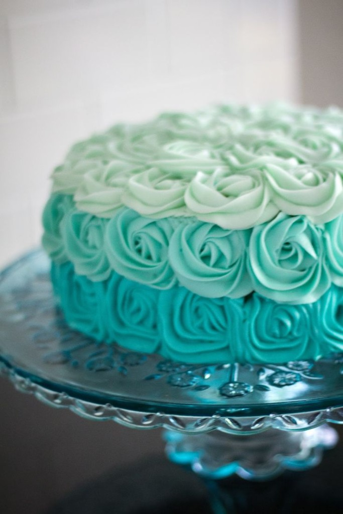 Wedding Philippines - 25 Elegant Tiffany Blue Wedding Cake Ideas (15)