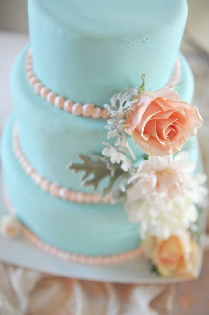 Wedding Philippines - 25 Elegant Tiffany Blue Wedding Cake Ideas (18)