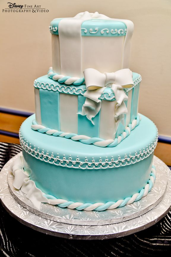 Elegant Tiffany Blue Wedding Cake Ideas