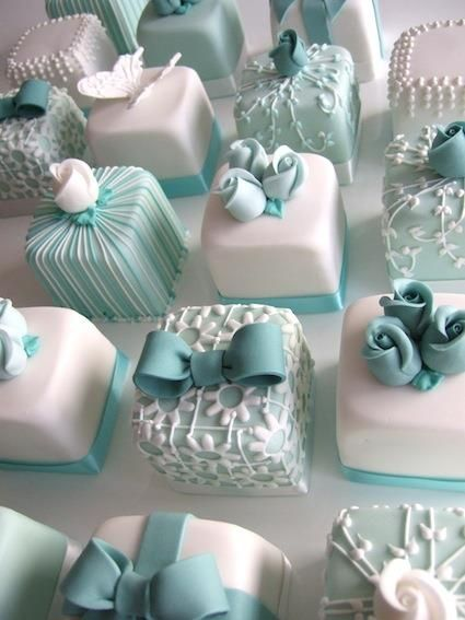 Wedding Philippines - 25 Elegant Tiffany Blue Wedding Cake Ideas (5)