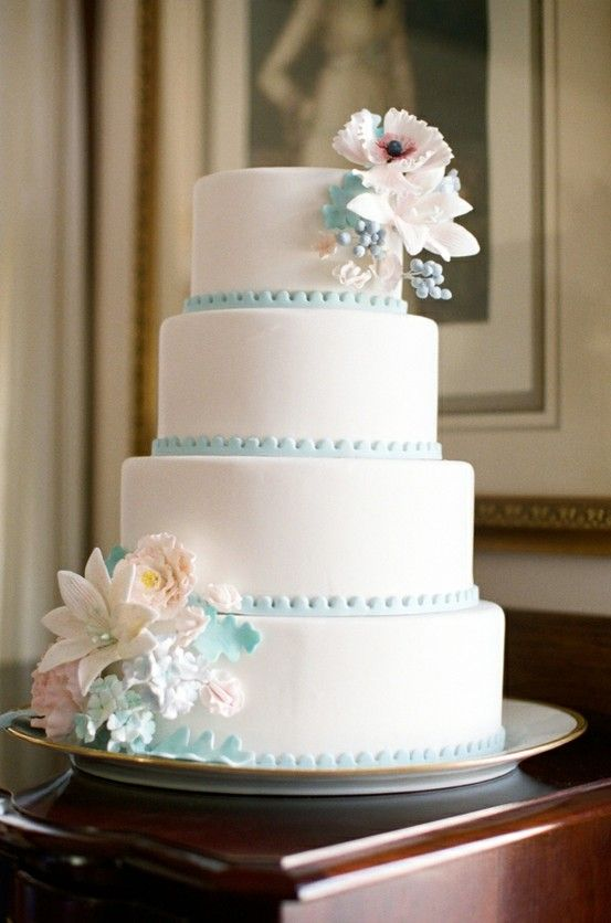 25 Elegant Tiffany Blue Wedding Cake Ideas
