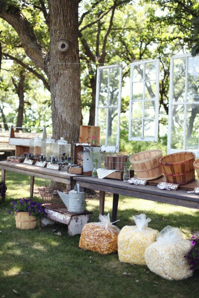 Wedding Philippines - 28 Exciting Popcorn Bar Buffet Food Ideas For Your Wedding (16)