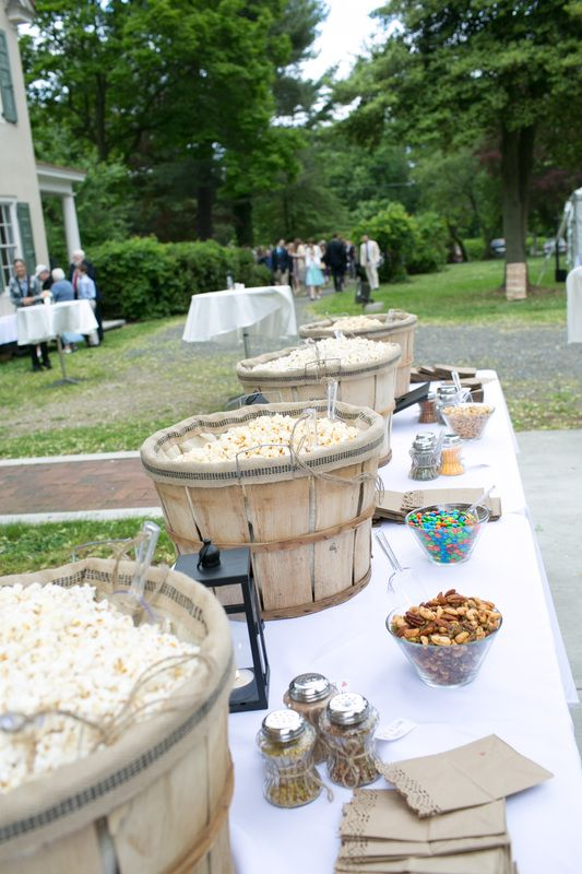 Wedding Philippines - 28 Exciting Popcorn Bar Buffet Food Ideas For Your Wedding (20)
