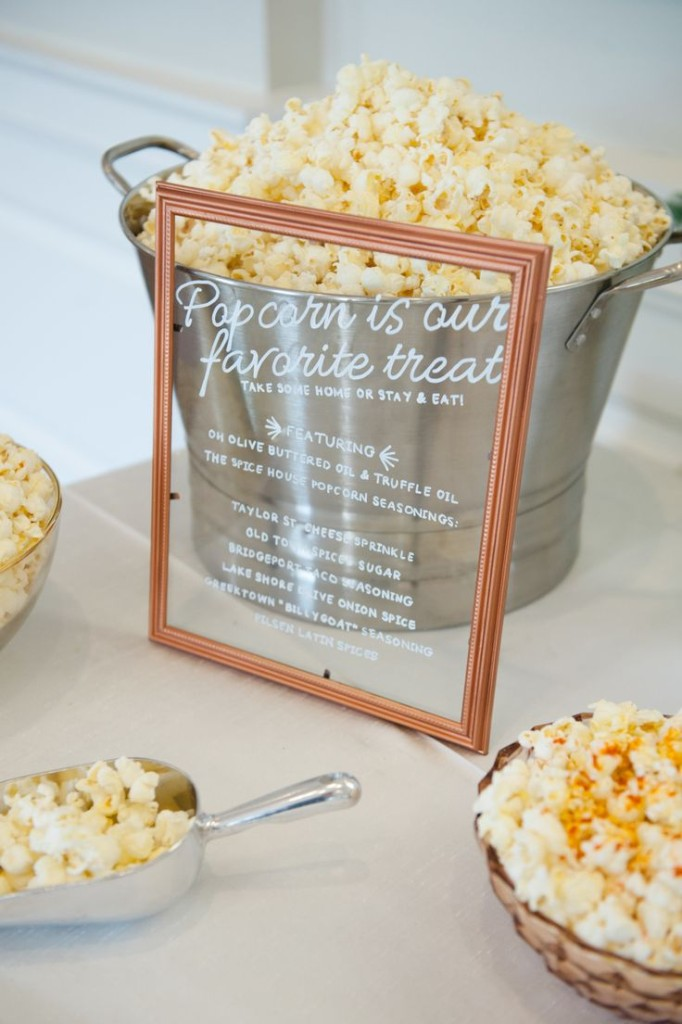 Wedding Philippines - 28 Exciting Popcorn Bar Buffet Food Ideas For Your Wedding (28)