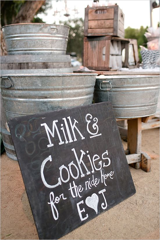 Wedding Philippines - 30 Cute Cookie Bar Buffet Food Ideas For Your Wedding (12)