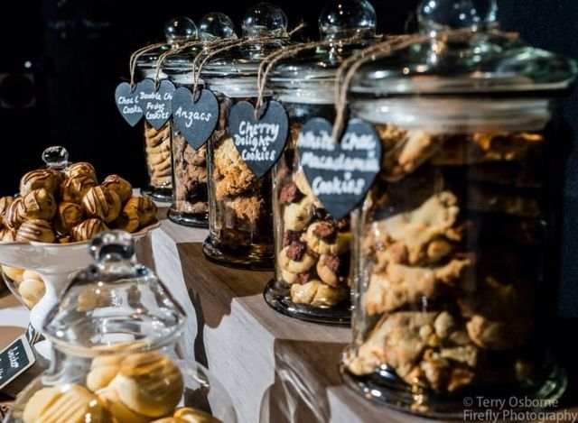 Wedding Philippines - 30 Cute Cookie Bar Buffet Food Ideas For Your Wedding (21)