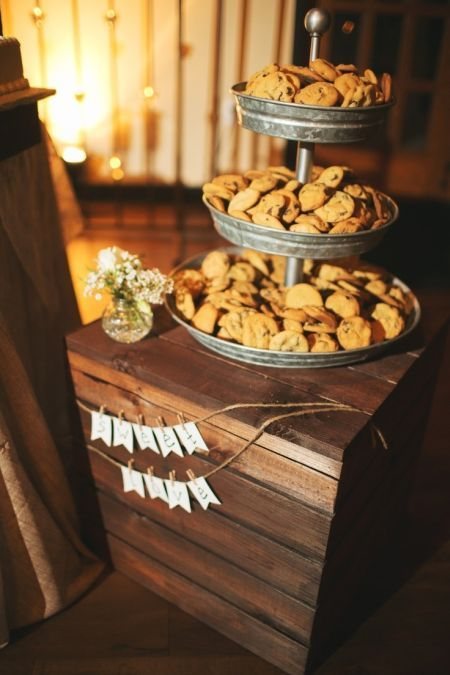 Wedding Philippines - 30 Cute Cookie Bar Buffet Food Ideas For Your Wedding (27)