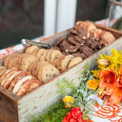 Wedding Philippines - 30 Cute Cookie Bar Buffet Food Ideas For Your Wedding (28)