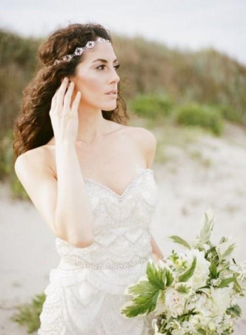 Wedding Philippines - 25 Gorgeous Bridal Headbands (10)