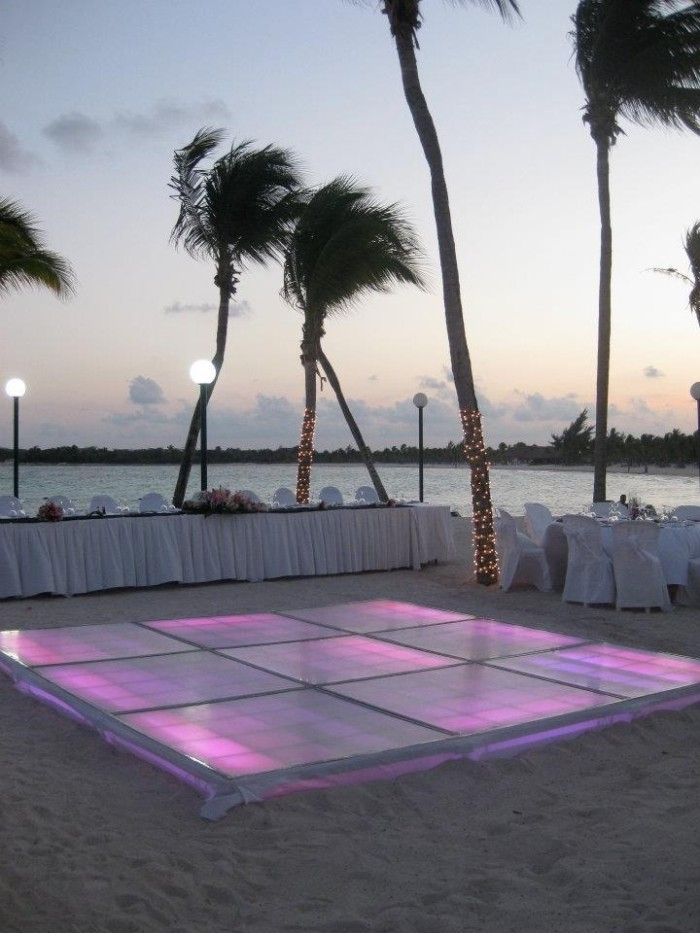 Wedding Philippines - 33 Breathtaking Beach Waterfront Wedding Reception Venue Ideas (10)