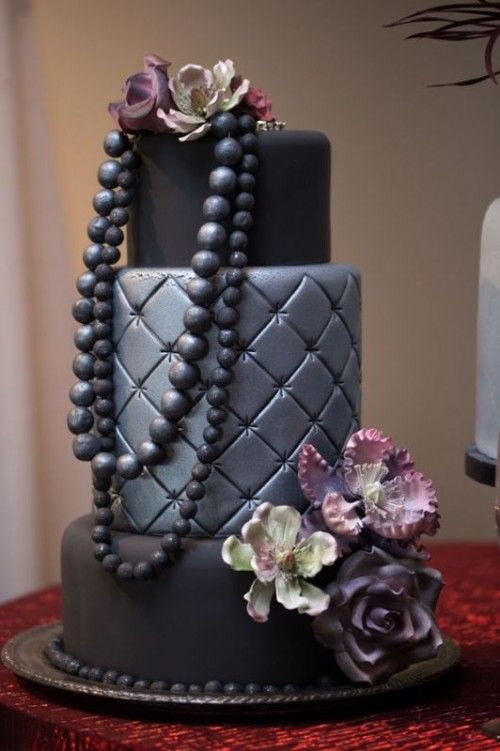 Wedding Philippines - 38 Bold and Chic Black Wedding Cakes (27)