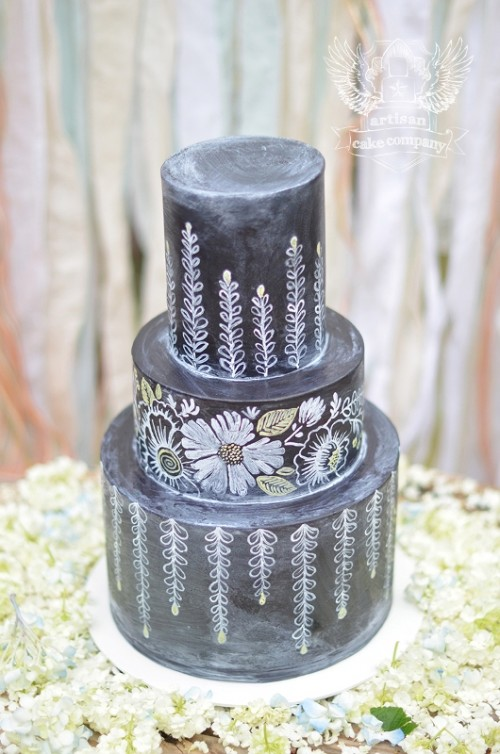 Wedding Philippines - 38 Bold and Chic Black Wedding Cakes (28)