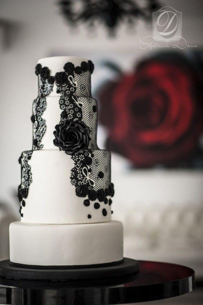Wedding Philippines - 38 Bold and Chic Black Wedding Cakes (5)